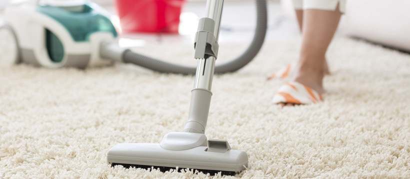 Vacuum deep cleans carpets for one of your home cleaning tips